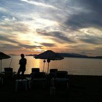10/27/2012 tarihinde Nejat A.ziyaretçi tarafından Erine Beach Club'de çekilen fotoğraf