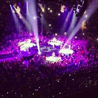 7/6/2013 tarihinde Rojasziyaretçi tarafından STAPLES Center VIP SUITES'de çekilen fotoğraf