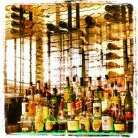 Foto tomada en Province Urban Kitchen & Bar por Chad W. el 3/24/2013
