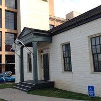 Foto scattata a Joseph and Susanna Dickinson Hannig Museum da Yani I. il 2/16/2014