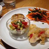 4/21/2013 tarihinde Kentaro O.ziyaretçi tarafından Café & Meal MUJI'de çekilen fotoğraf