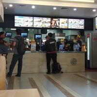 Photo prise au Burger King par budi g. le8/30/2018