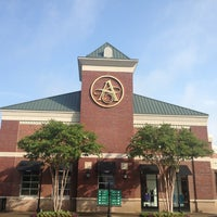 The Avenue East Cobb Shopping Mall In East Cobb