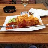 Foto tirada no(a) Restaurant Floh por ursula s. em 5/12/2013