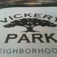 รูปภาพถ่ายที่ Vickery Park โดย Phreshmint .. เมื่อ 7/17/2013