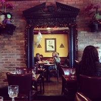 Foto tirada no(a) The Playwright Tavern por Braga em 10/17/2013