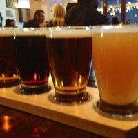 12/23/2012 tarihinde James L.ziyaretçi tarafından Golden Road Brewing'de çekilen fotoğraf