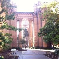 Foto scattata a Palace of Fine Arts da Danny S. il 2/7/2013