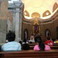 Photo prise au Sto. Niño de Tondo Parish Church par Alexis L. le3/28/2013