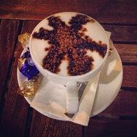 Foto tomada en Kahve Dünyası por Hüseyin K. el 10/9/2012