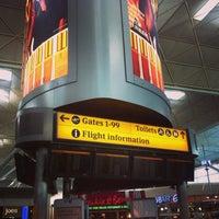Foto tirada no(a) London Stansted Airport (STN) por Marcelo M. em 7/10/2013