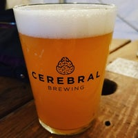 2/11/2021 tarihinde Jennifer T.ziyaretçi tarafından Cerebral Brewing'de çekilen fotoğraf