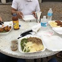 รูปภาพถ่ายที่ Latin Square Cuisine โดย Amy J. เมื่อ 3/18/2016