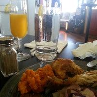 1/18/2015에 Brian F.님이 Sweet Potato Café에서 찍은 사진