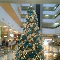 Foto tirada no(a) Miramar Shopping por Cliquet D. em 12/26/2012