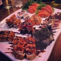 Foto tirada no(a) Hanbai Sushi Bar por Marcell S. em 11/5/2012