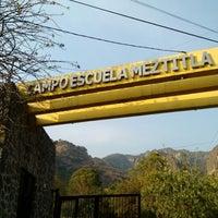 รูปภาพถ่ายที่ Campo Escuela Scout Meztitla โดย Jhon M. เมื่อ 1/19/2013