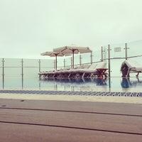 รูปภาพถ่ายที่ Belmond Miraflores Park โดย Rolando R. เมื่อ 8/25/2013