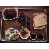 1/10/2016 tarihinde Andrew W.ziyaretçi tarafından Green Street Smoked Meats'de çekilen fotoğraf