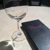 Foto tirada no(a) Girard Winery Tasting Room por Rachel P. em 4/13/2013