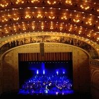 1/20/2013 tarihinde Merideth L.ziyaretçi tarafından Auditorium Theatre'de çekilen fotoğraf