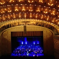 Foto diambil di Auditorium Theatre oleh Merideth L. pada 1/20/2013