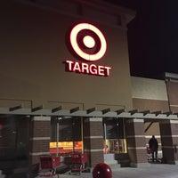Foto tirada no(a) Target por R . em 1/29/2017