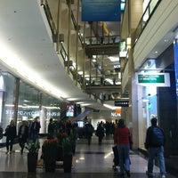 Foto tirada no(a) The Shops At North Bridge por Bill D. em 10/18/2012