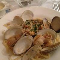 Foto scattata a Atlantic Fish Company da Bean C. il 11/23/2012