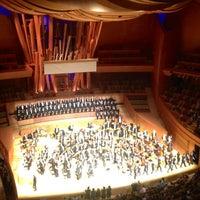 Foto scattata a Walt Disney Concert Hall da Logan K. Y. il 11/14/2012