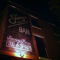 6/22/2013にRick V.がJerry's Barで撮った写真