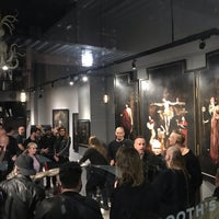Foto tomada en Last Rites Tattoo Theatre and Art Gallery por Donia el 11/4/2018