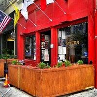 Das Foto wurde bei City Tavern von Milton am 10/23/2012 aufgenommen