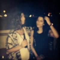 Das Foto wurde bei Oasis Night Life von Chloe D. am 12/20/2013 aufgenommen