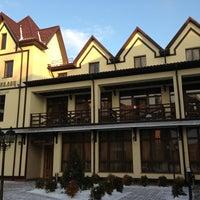 Foto diambil di George Palace oleh R L. pada 1/12/2013