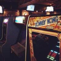 Das Foto wurde bei Headquarters Beercade von Troy A. am 12/21/2012 aufgenommen