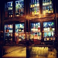 รูปภาพถ่ายที่ Central & Co โดย Adam M. เมื่อ 10/30/2012