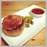 Foto diambil di Colliban Foodstore oleh Andrew K. pada 12/13/2012