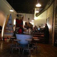 Das Foto wurde bei Bow Truss Coffee von Justin T. am 2/27/2013 aufgenommen