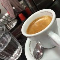 11/24/2015에 Thiago B.님이 Caffè Giramondo에서 찍은 사진