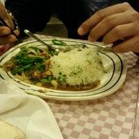 รูปภาพถ่ายที่ KBC Restaurant โดย Uroosa M. เมื่อ 12/19/2014