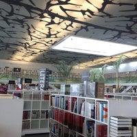 Das Foto wurde bei Fondo de Cultura Económica Rosario Castellanos von Pauselo am 9/27/2012 aufgenommen