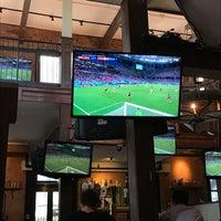 7/1/2018 tarihinde Paul W.ziyaretçi tarafından Harvey's Irish Pub & Restaurant'de çekilen fotoğraf