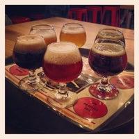 11/18/2013 tarihinde Taa D.ziyaretçi tarafından Red Leg Brewing Company'de çekilen fotoğraf
