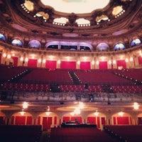 10/11/2012にJon H.がBoston Opera Houseで撮った写真