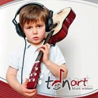 Das Foto wurde bei TonArt Musikschulen Gotha von TonArt Musikschulen Gotha am 12/18/2014 aufgenommen