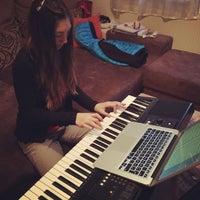 Das Foto wurde bei TonArt Musikschulen Gotha von TonArt Musikschulen Gotha am 12/19/2014 aufgenommen