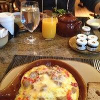 4/11/2013にMel Q.がPierrot Gourmetで撮った写真
