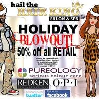 Снимок сделан в Hail The Hair King Salon & Spa пользователем Travis M. 12/17/2012