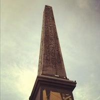 Das Foto wurde bei Obelisk von Luxor von Marko K. am 9/16/2012 aufgenommen